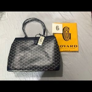 GOYARD AMABELLE BIAUDE PM. Color: NAVY BAG